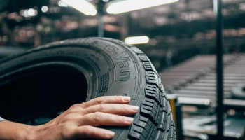 Інновації у виробництві всесезонних шин для комерційного транспорту!